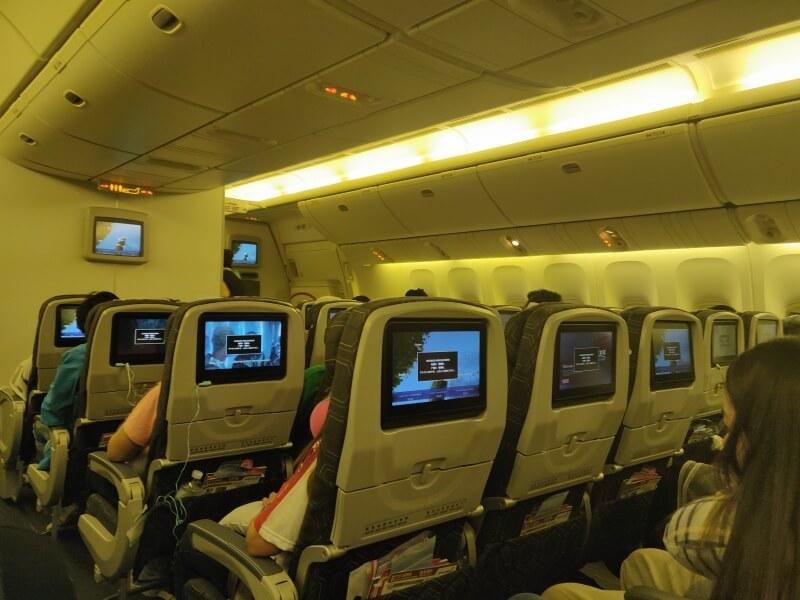 タイ スワンナプーム空港から台湾桃園空港までのエバー航空(BR202便)に搭乗