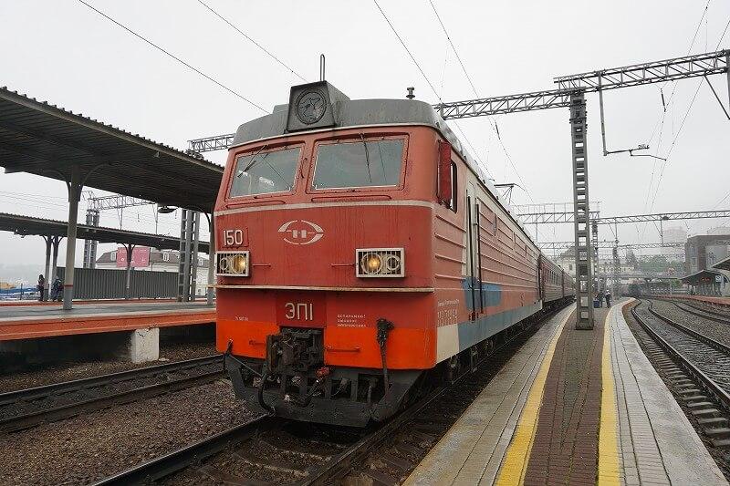 シベリア鉄道の寝台車に2時間だけ乗車、ウラジオストクからウスリースク